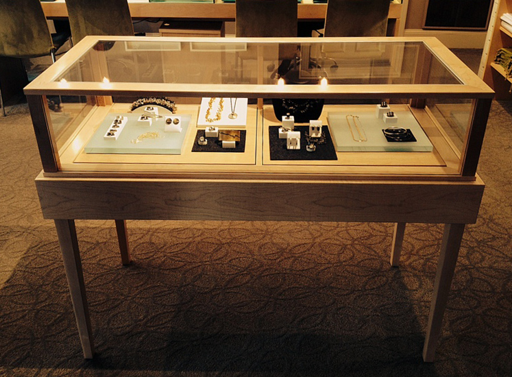 Horizontal Jewelry Vision Pull Out Deck Display Case Galary Photo