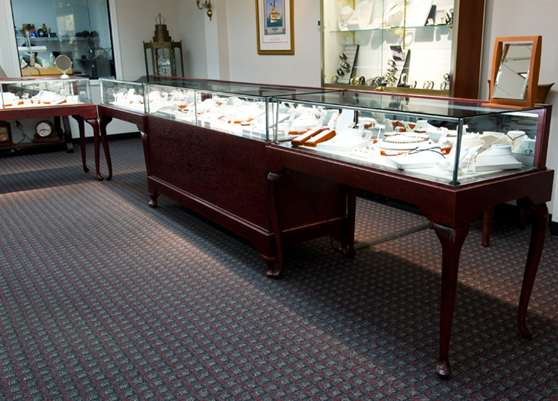 Custom Glass on Glass Queen Anne Display Case - A.J. Marks (11)