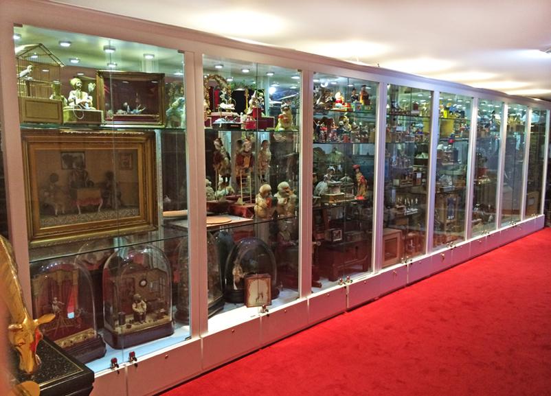 Garriott De Cayeux Resident Gallery