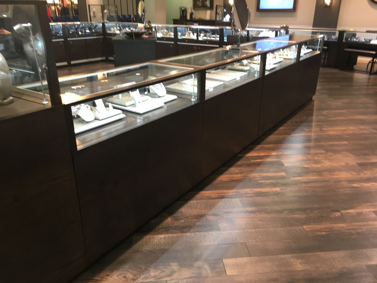 Diamond Center Jewelers 10