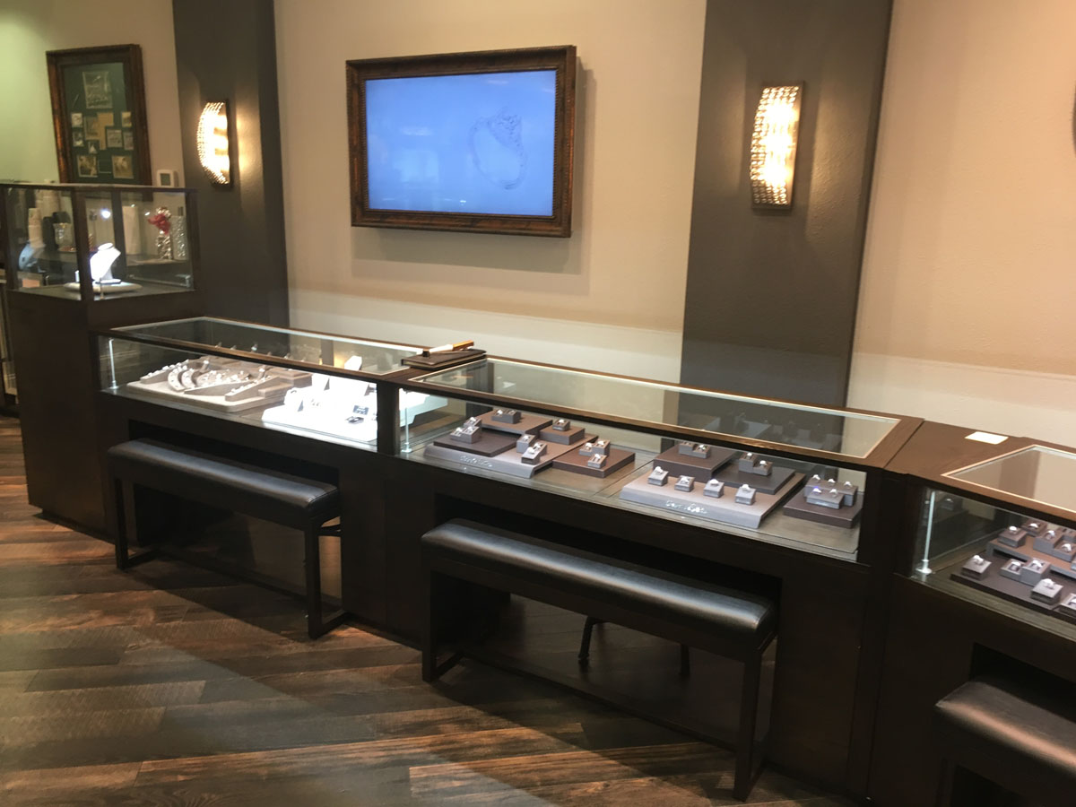 Diamond Center Jewelers 12
