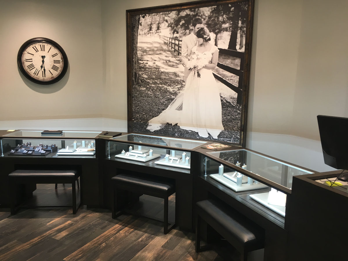 Diamond Center Jewelers 13