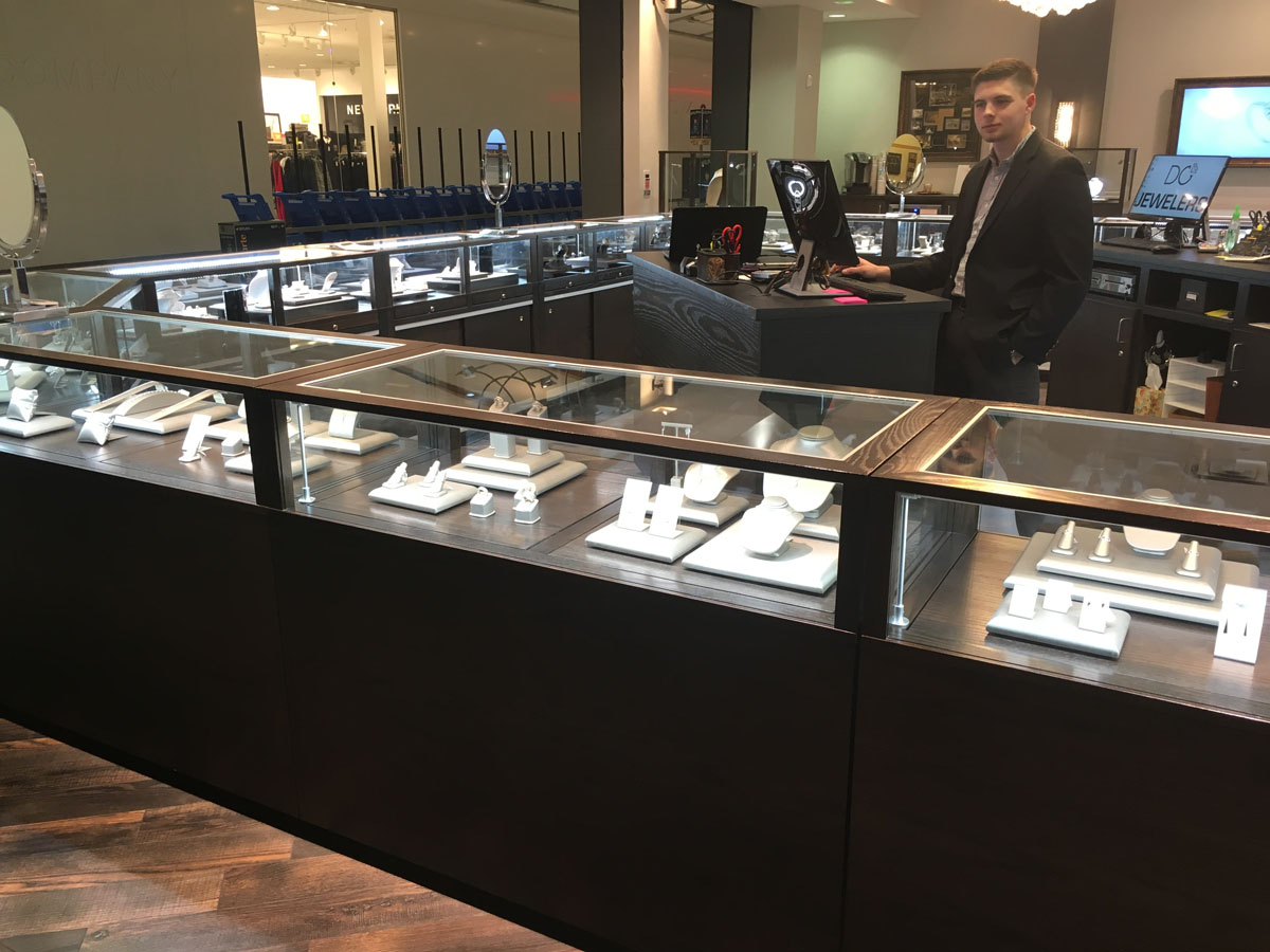 Diamond Center Jewelers 9