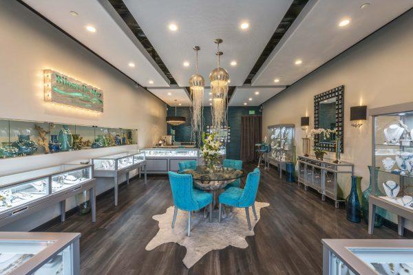 Bijoux De Mer Horizontal Jewelry Display Case store view