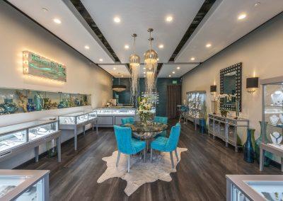 Bijoux-De-Mer-Horizontal-Jewelry-Display-Case-store-view-2