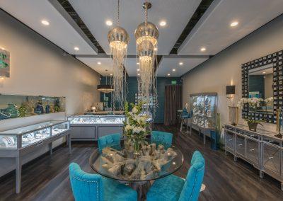 Bijoux-De-Mer-Horizontal-Jewelry-Display-Case-store-view
