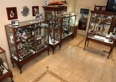 Custom-Queen-Anne-Display-Case-Gervil-24