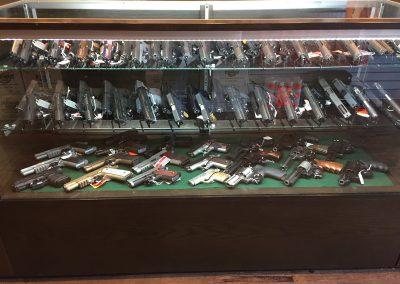 327352 Mike's Gun Barn4