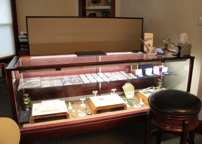 Pearlman's Jewelry Display Cases 800 4