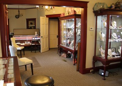 Pearlman's Jewelry Display Cases 800