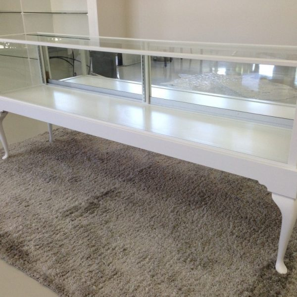 White Rectangle Horizontal Half Vision Queen Anne Display Case Made For A Jewelry Store