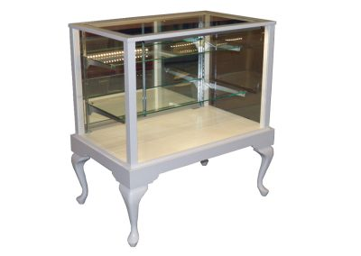 48 Inch Full Vision Queen Anne Rectangle Horizontal Display Case With Mirror Back Doors And White Satin Lacquer