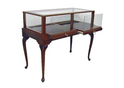 Jewelry Vision Queen Anne Rectangle Horizontal Display Case With Two Pull Out Decks