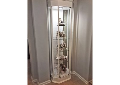 24-Inches-Wide-Classic-Octagon-Tower-Display-Case-1