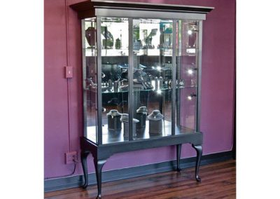 48-Inch-Wide-Queen-Anne-Rectangle-Tower-Display-Case-With-A-Glass-Back-4